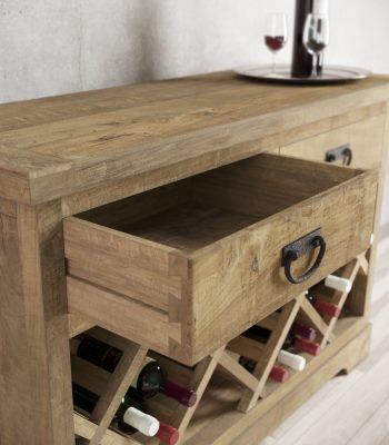 Urban Woodcraft | Consoles